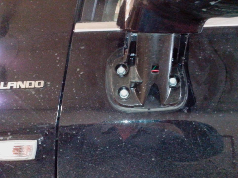 Установка повторителей поворотов в зеркала Chevrolet Orlando